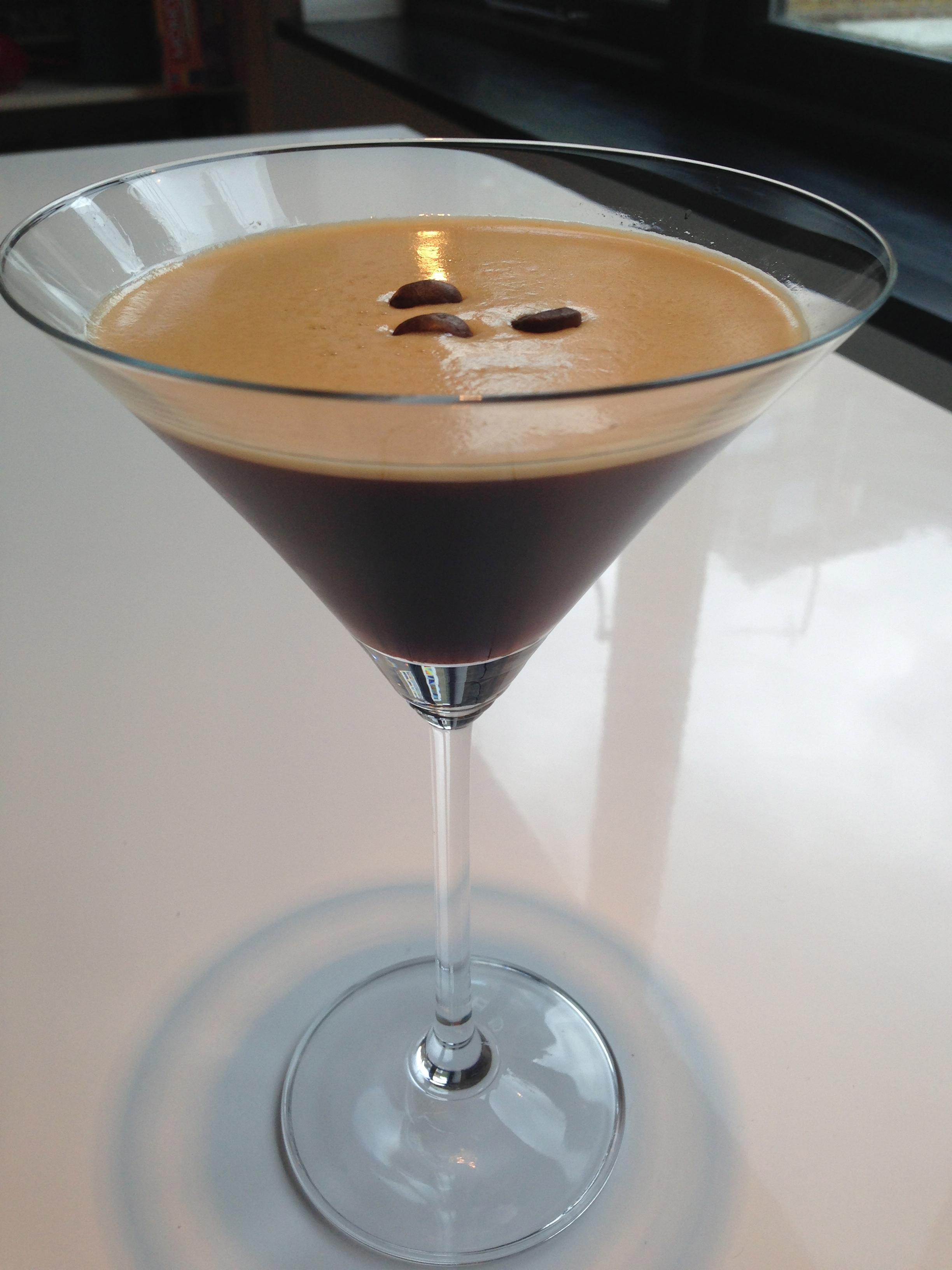Espresso Martini – My Baileys Alternative – Five O'Clocktail